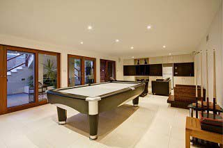 Qualified pool table installers in New Haven